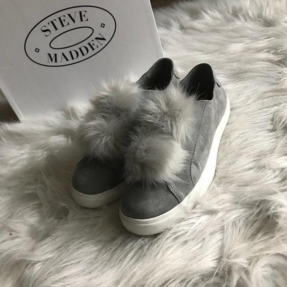 f473a4fb76d Steve Madden Esmilda puff ball Shoes. M 5a4d2f15b7f72baf9102126e